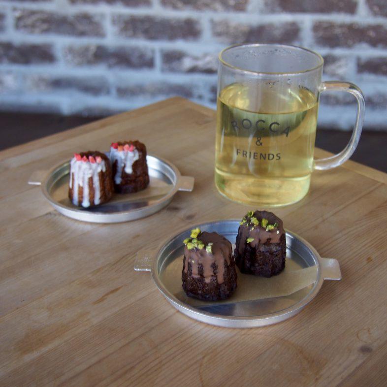 旅する紅茶のカヌレ